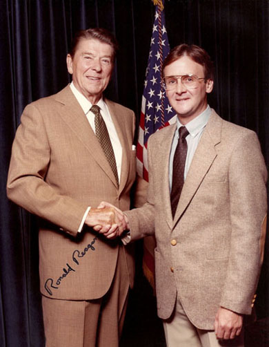 R. Geoffrey Blackburn with President Reagan